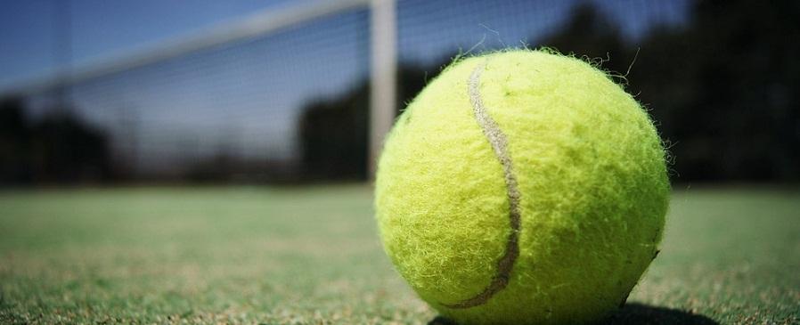Uzman Eğitmen Farkıyla Tenis Öğrenin!     Tenis Kursuna Katılmak için Hemen  Bilgi Talebi Bırakın